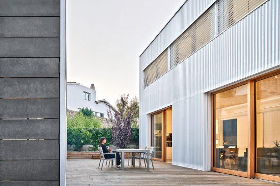 Lateral argentona casa passiva papik cases passives catalunya casa biopassiva casa eficient