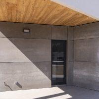 Detall porxo acabat amb placa de Viroc, K-Matadepera casa passiva Passivhaus a Catalunya