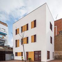 Vista exterior de K-Malats una casa passiva a Barcelona construida per Papik